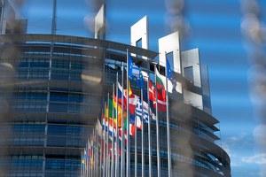 """Conferenza online """"Storia e valori dell'Unione Europea"""" con Elisa Marchioni e Pina Picierno"""